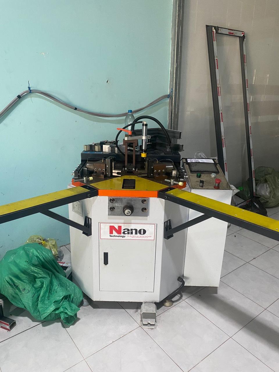 Máy ép góc CNC NANO 2020